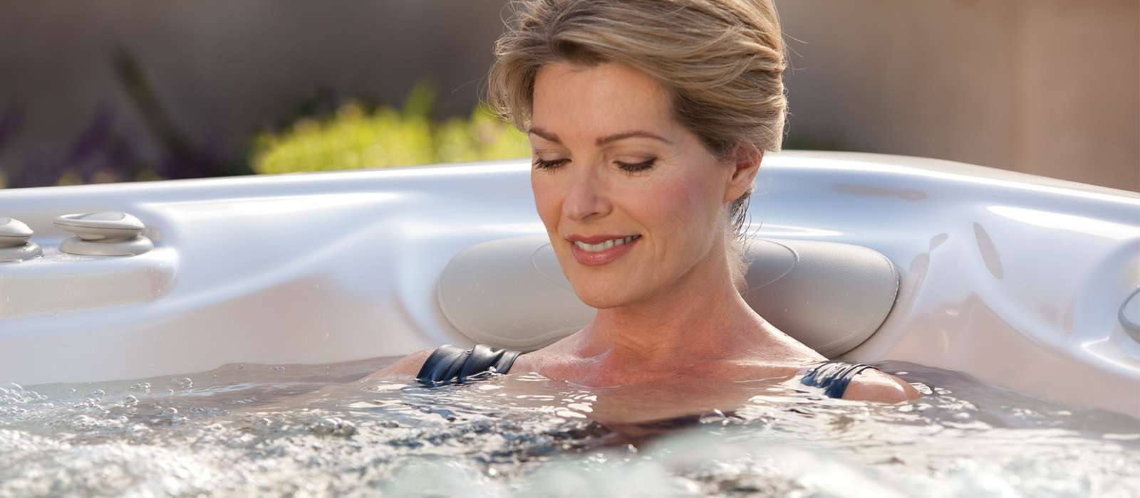 Aria 5 person Hot Tub from the Highlife Collection